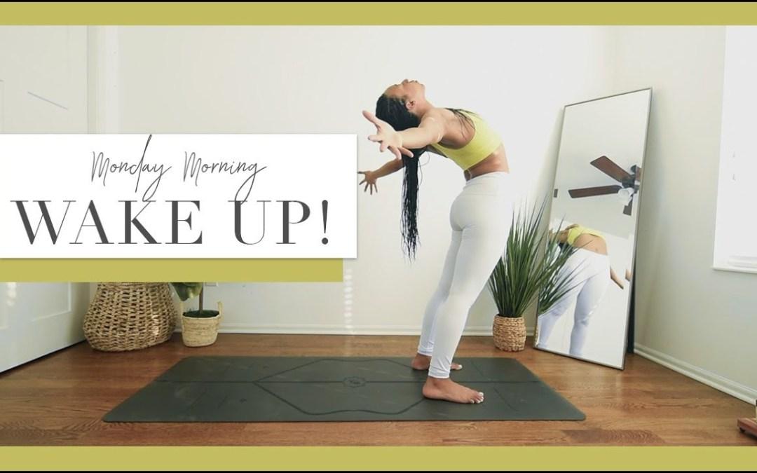 Monday Morning WAKE UP Yoga! | Gentle Warm Up, Gentle Heat Building ️