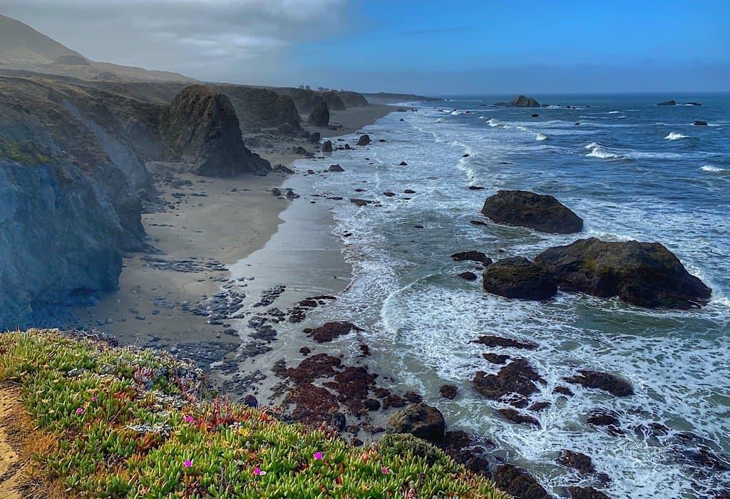 The rocky cliffs of the California Coast