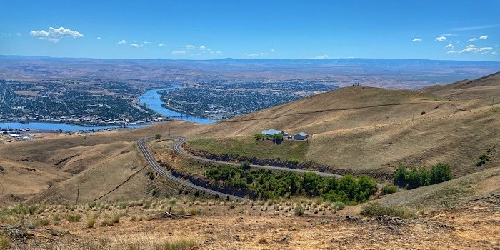 The landscape drop into Lewiston, Idaho