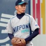 日本製紙石巻の本多選手がハタケヤマのグラブを使用中。
