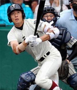 大阪桐蔭 中村選手 SSKエルボーガード2