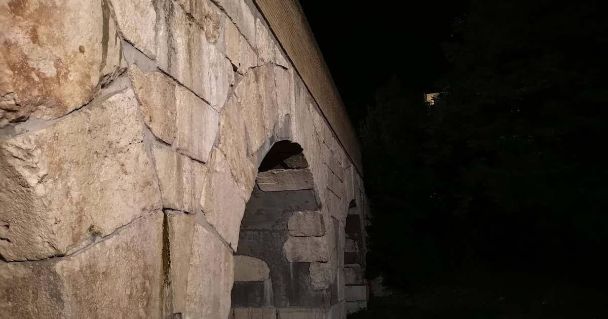 Arcate del ponte romano sul Rubicone