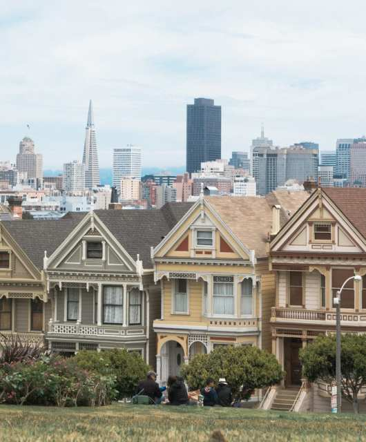 The Painted Ladies, also known as Postcard Row, at Alamo Square Park. Photo: Justin Wong, 49 Miles.
