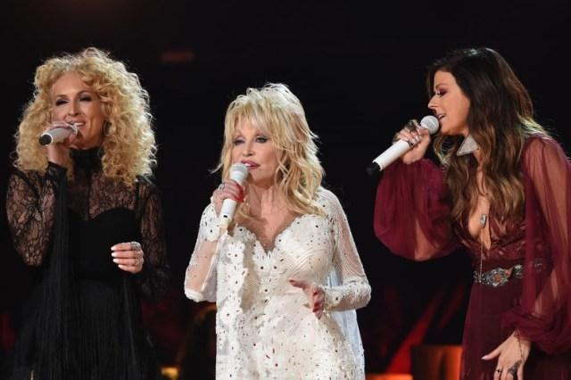 Dolly Parton Karen Fairchild Grammy Fashion 4chion lifestyle