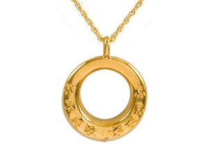 Round With Paws Gold Pendant