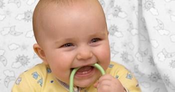 مرحلة التسنين عند الاطفال
