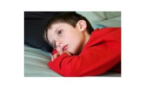 أضرار قلة النوم على الأطفال