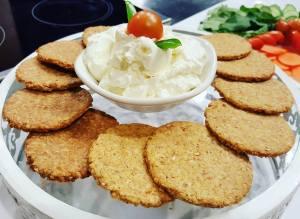 شرائح الخبز المشبعة بدون دقيق للشيف سالي فؤاد