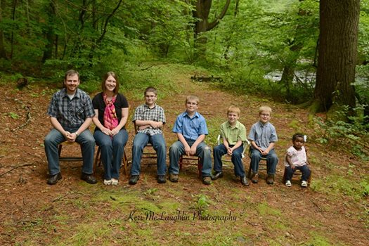 filled-chair-family-photo
