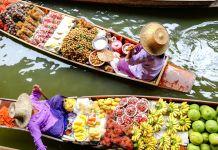 Boot mit Lebensmitteln