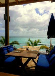Kokomo, Cay Bay