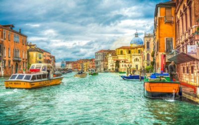 Cruise Through Awesome Architecture, Vacation in Venice!