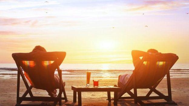 _84553158_beach