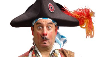 Comedy Pirate Show At Circus Mojo – May 9 & 10, 2014