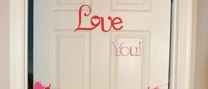 Countdown To Valentine's Day Hanging Hearts Door