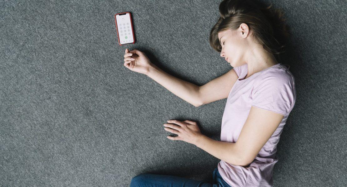 Ni una menos, activa los mensajes de emergencia en tu móvil