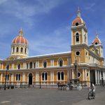 Ni campañas ni discursos levantan el turismo