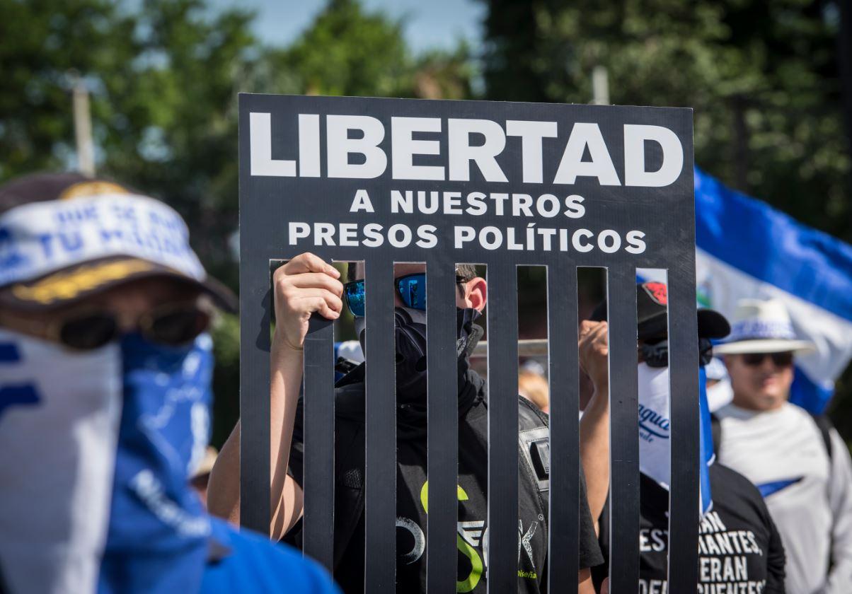 Otra navidad exigiendo la liberación de los presos políticos