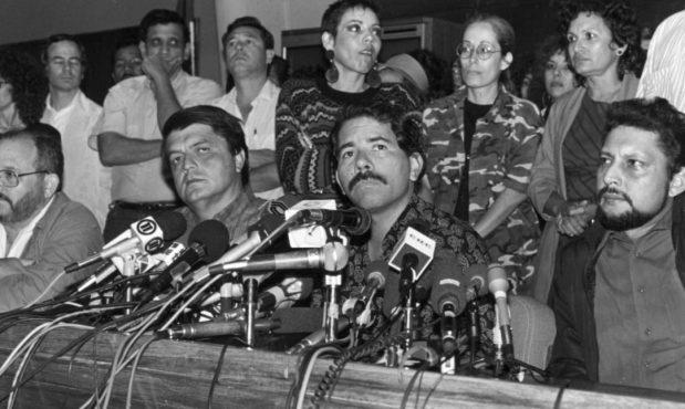"""La """"serie de eventos desafortunados"""" que hicieron perder a Ortega  en 1990"""