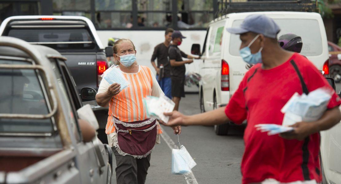 Deseo de migrar aumenta entre los nicaragüenses, según encuesta de abril