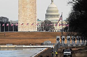 Boehner Brokers GOP Budget Compromise amid Shutdown Fears