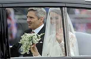 Details: Kate Middletons Alexander McQueen Dress
