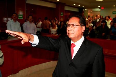 Arnuldo De León hunde el trabajo que a favor de los derechos humanos hizo la procuraduría en Baja California (Foto: internet)