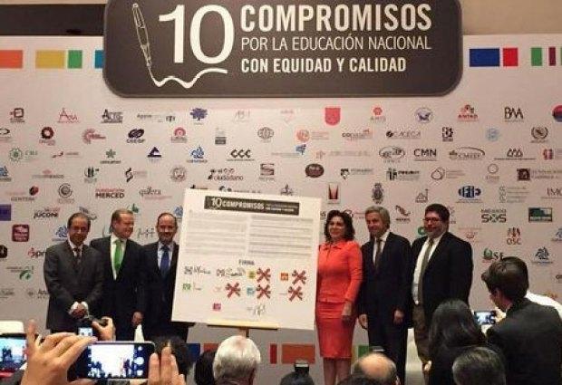 MEXICANOS PRIMERO 10 COMPROMISOS