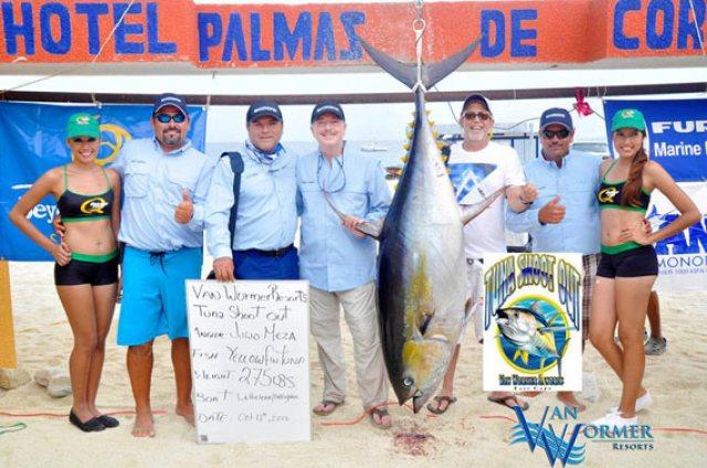 Ya gobernador electo de Baja California, Francisco Vega ganó un torneo de pesca deportiva haciendo equipo con sus socios políticos y empresariales (Foto: Cortesía).