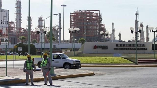 La planta refinadora de Pemex en Cadereyta, Nuevo León (Foto: PEMEX).