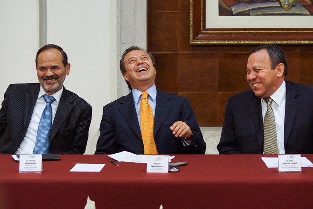 POLITICOS CARCAJADAS PRIPANPRD