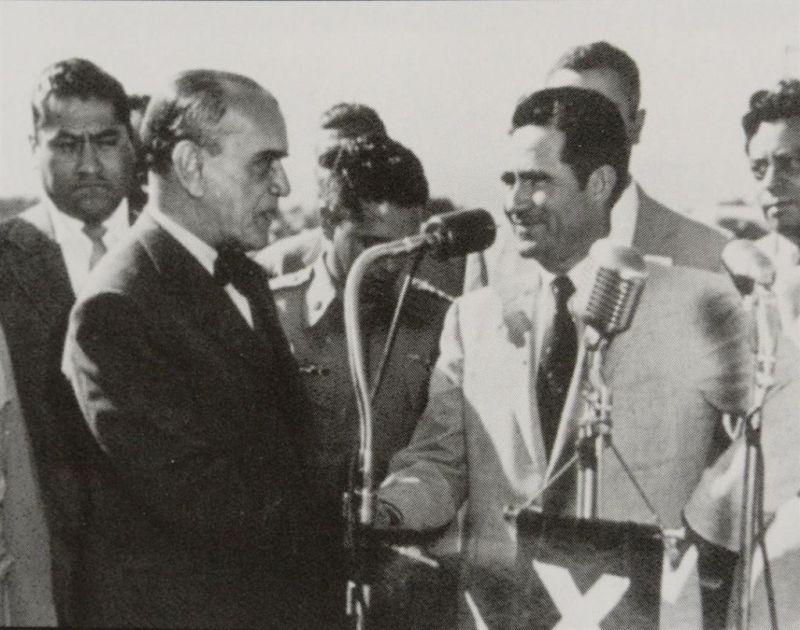 Braulio Maldonado (derecha) y el entonces presidente de México Emilio Portes Gil recién constituido el Estado de Baja California (Foto: Internet).