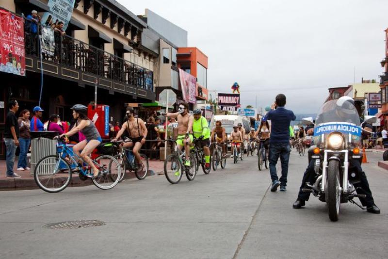 ciclistas-ensenada-1