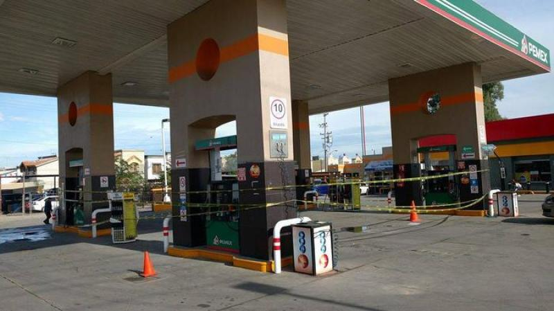 gasolinera-mexicali-cerrada-desabasto