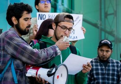 Estudiantes exigen pago total del adeudo de gobierno estatal con UABC