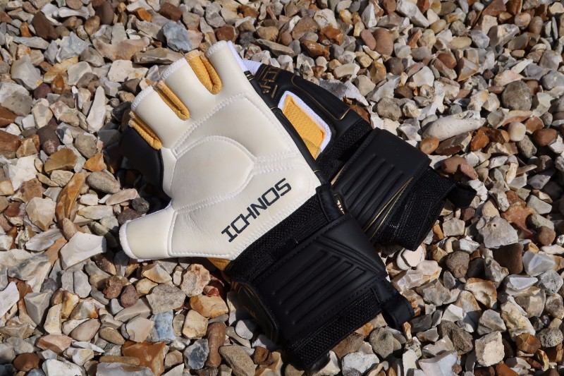 Ichnos Goalkeeper Glove Review Palm