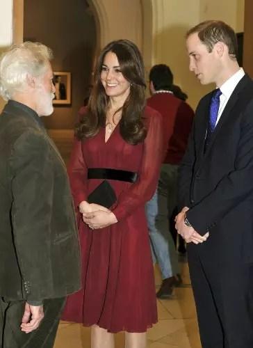 A duquesa e o príncipe William com o pintor Paul