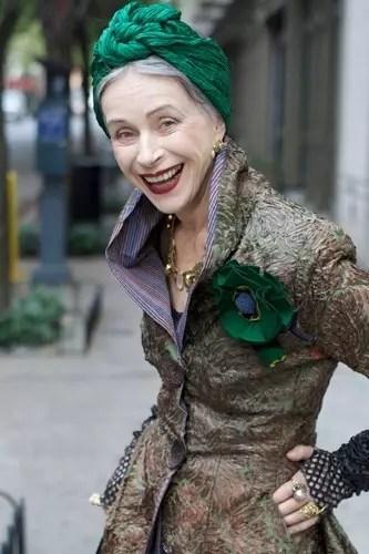 Uma idosa das mais charmosas
