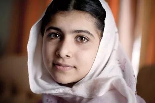 Falando na ONU,  a paquistanesa Malala Yousafzai  pediu educação para todos