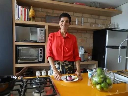 Petê Camargo ensina receitas saudáveis em seu site e mantém a rotina saudáve