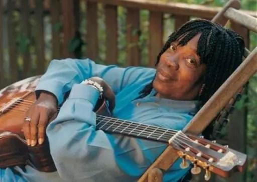O cantor, nascido no Rio, também está completando 50 anos de carreira