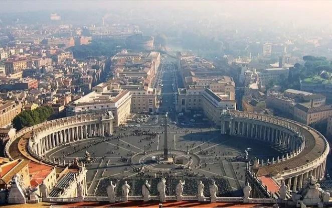 O Vaticano é o menor estado independente do mundo com menos de 500 m² - Foto: Guilherme Perez