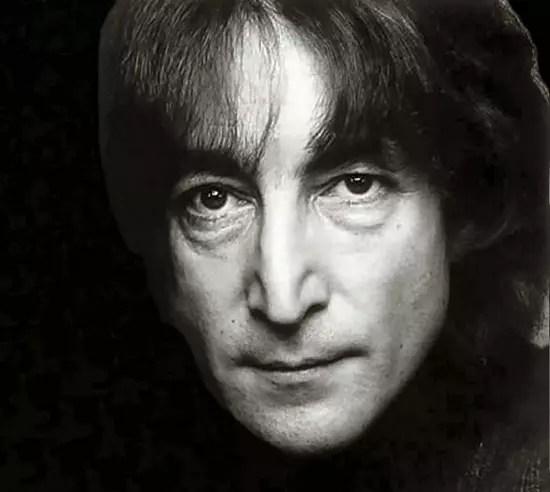 O ex-Beatle tinha 40 anos quando foi morto com cinco tiros na noite fria de 8 de dezembro