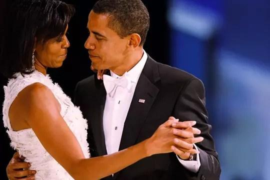 Dançando com o marido, um de seus divertimentos preferidos