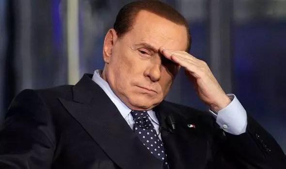 Aos 77 anos, ex-primeiro ministro italiano foi condenado pela justiça a prestar serviços sociais