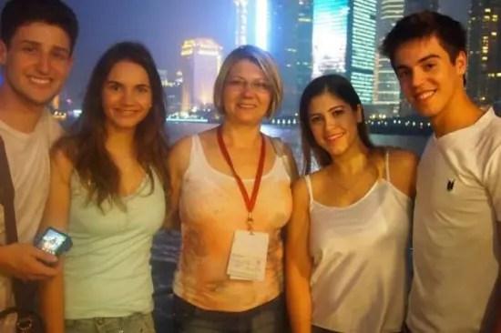 Sônia Gava  com os colegas de intercâmbio