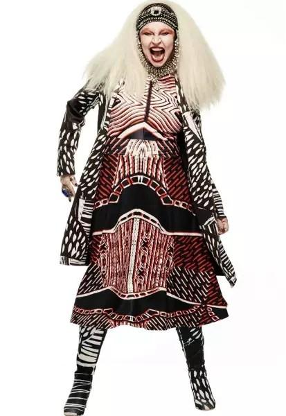 Vestida de Maria Bonita - Contratada pela  grife mineira Lucas Magalhães