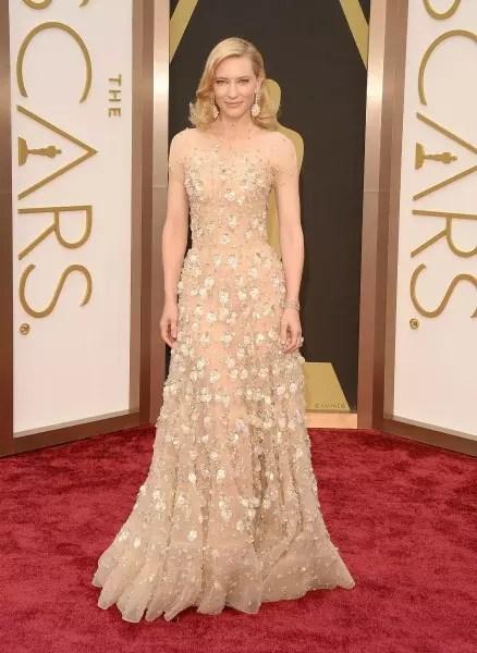 Cate Blanchett usando uma das criações do estilista, na entrega do Oscar, em 2014