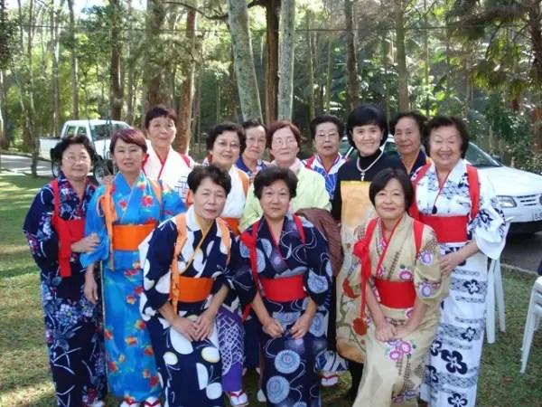As japonesas são as que vivem mais no mundo.  Acima de 83 anos