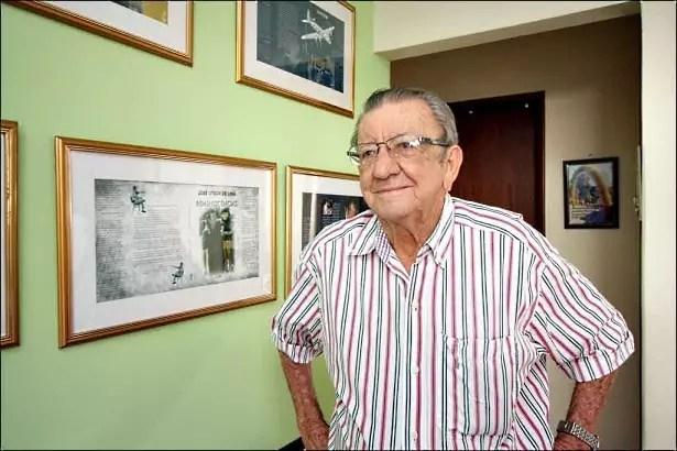 Até se descobrir um escritor e ser convidado para palestras, José Lima não teve uma trajetória fácil